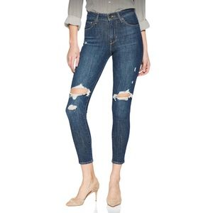 Levi's High Rise Skinny Jeans Destroyed Knees